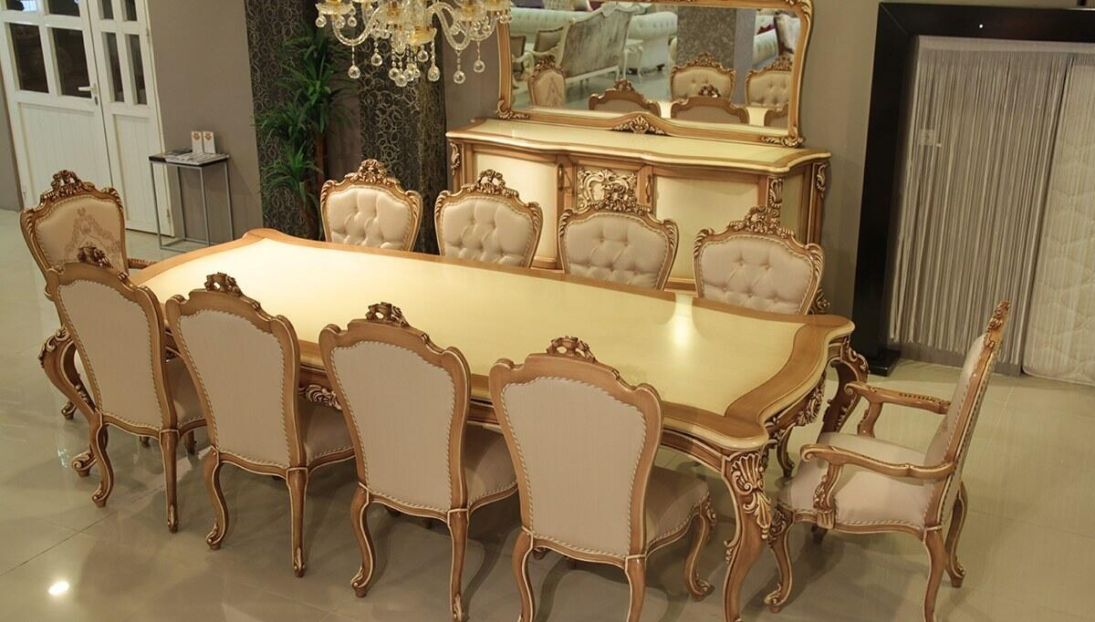Madesa Classic Dining Room